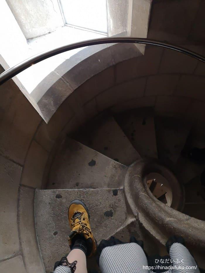 サグラダファミリア階段