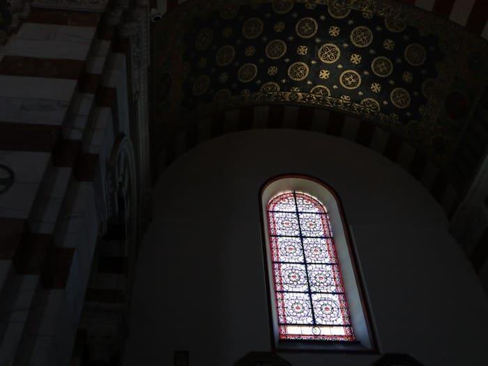 マルセイユ大聖堂ステンドグラス