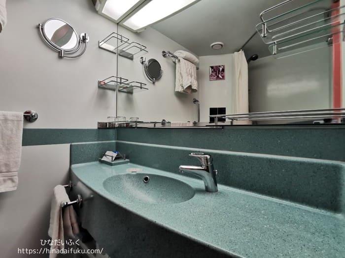 内側キャビン洗面所