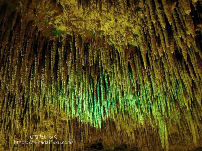 玉泉洞の中3