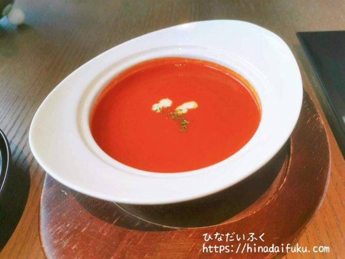 インターコンチ赤パプリカスープ