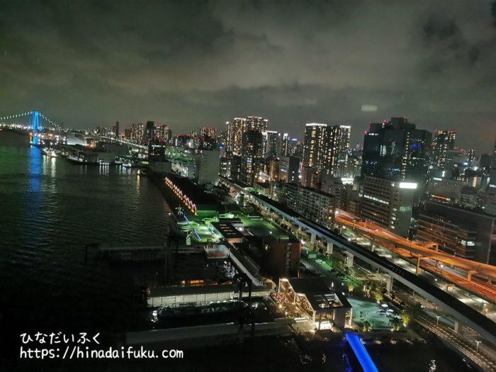インターコンチネンタル東京ベイラウンジからの夜景